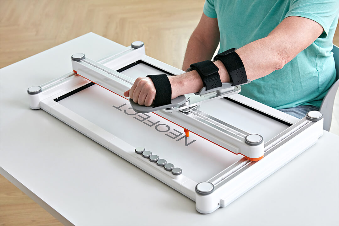 arm exercise for stroke patients through Smart Board